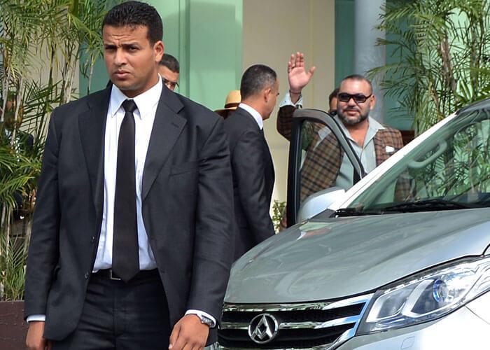 الملك محمد السادس يحل بالغابون