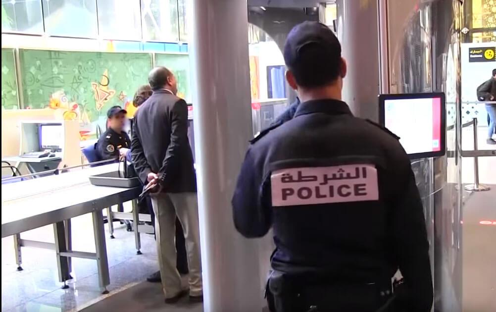 """اعتقال ناشط في """"حراك الريف"""" فور دخوله إلى المغرب"""