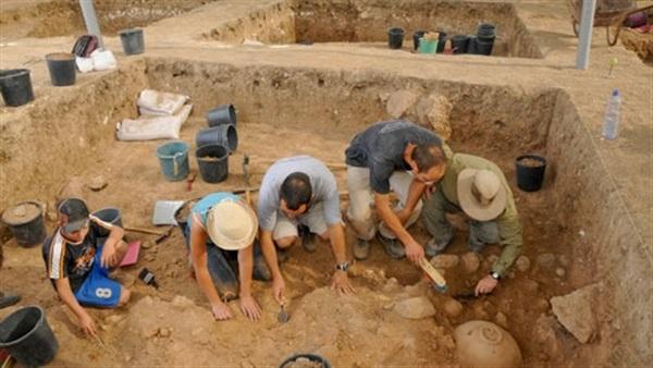 وزارة الثقافة تدعو لاحترام المقتضيات الخاصة بأعمال الحفر والاستكشاف