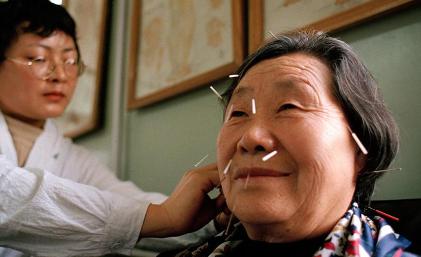 إحداث أول مركز مغربي صيني للطب التقليدي