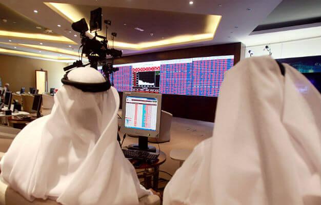 الحرب التجارية تهز أسواق الخليج وقطر تتكبد أكبر خسارة يومية في عامين
