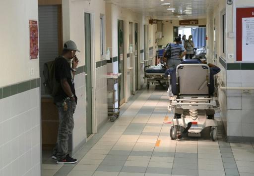 نزيل بمستشفى يغتصب مريضة مسنة