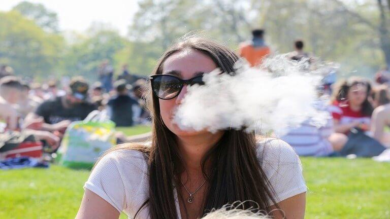 أضرار الهواء الملوث تضاهي خطر التدخين على الصحة