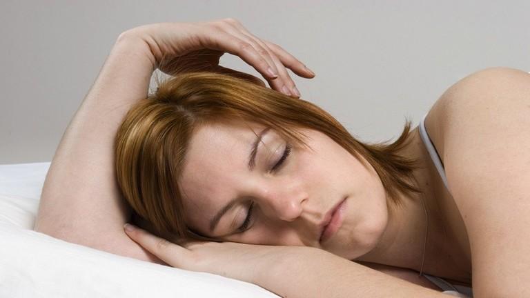 النوم أقل من ست ساعات... قد يقتلك