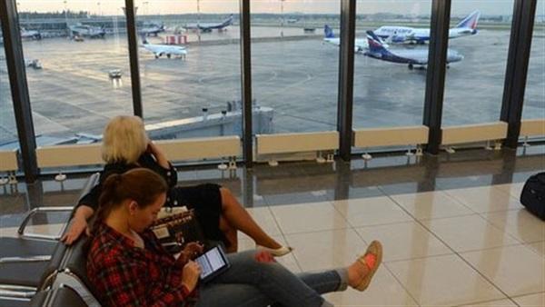 إلغاء وتأجيل أزيد من مائة رحلة جوية في مطارات موسكو بسبب الضباب الكثيف