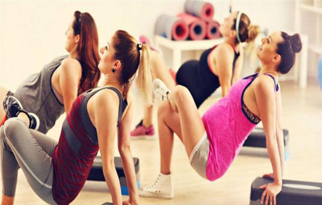 5 تمارين رياضية آمنة على حملك