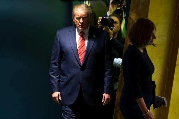 الديموقراطيون يعلنون عن توجيه تهمتين للرئيس دونالد ترامب