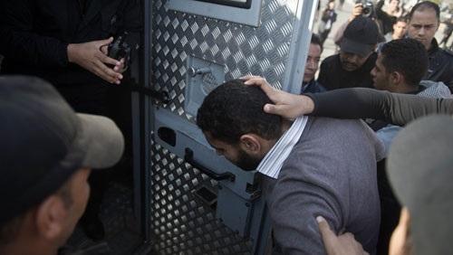 مصر: حملة اعتقالات واسعة بعد دعوة محمد علي للتظاهر  اليوم الجمعة