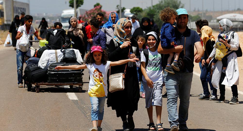 عودة آلاف المدنيين الى مناطقهم بسوريا