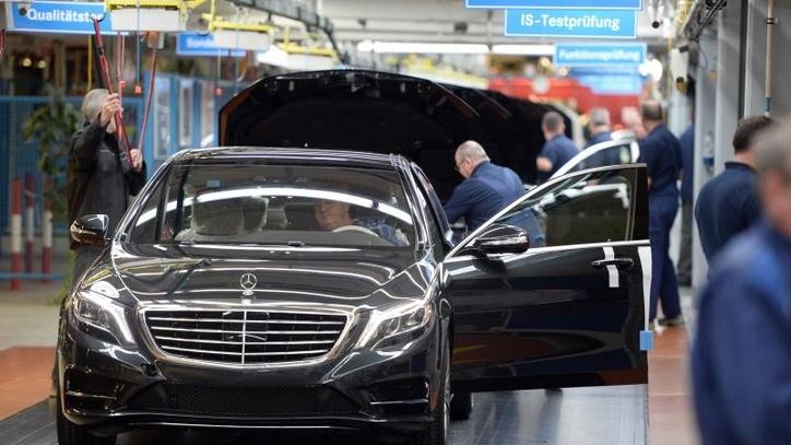 صناعة السيارات بألمانيا بين كماشتي فضيحة الديزل واتهامات نشطاء البيئة