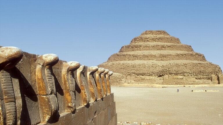 """اكتشاف غامض داخل """"قصر الموتى المصري القديم""""!"""