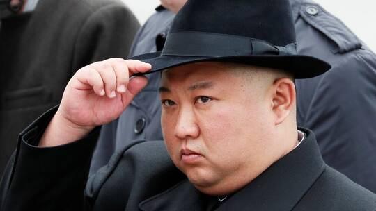 """الزعيم الكوري الشمالي يندد بعدم الاستعداد للإعصار """"لينغ لينغ"""""""