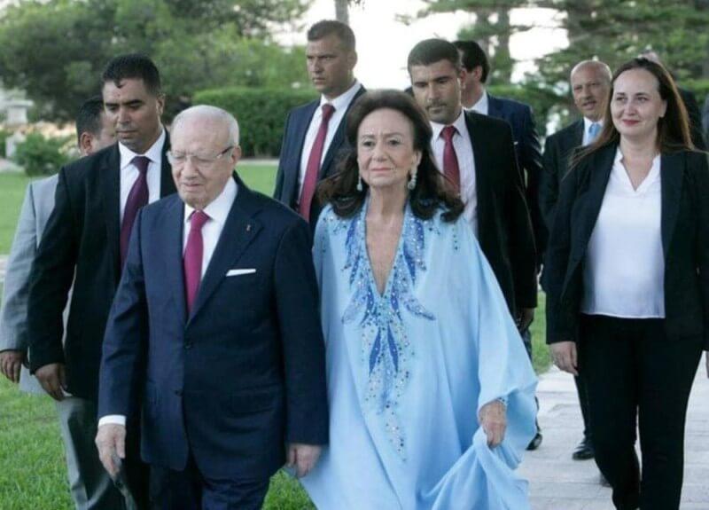 """في يوم الانتخابات .. وفاة أرملة الرئيس التونسي الراحل """"السبسي"""""""