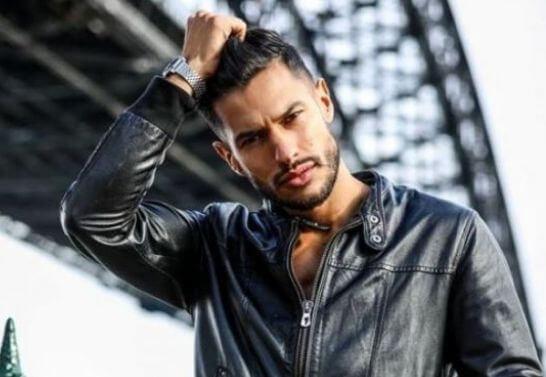 مغربي يتوج بلقب أجمل رجل بإيطاليا لسنة 2019
