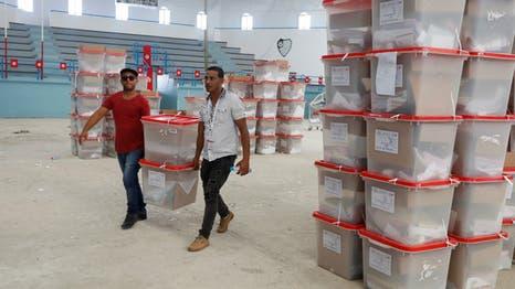 بدء عمليات الفرز في رئاسيات تونس وأنباء عن تقدم القروي وقيس سعيد