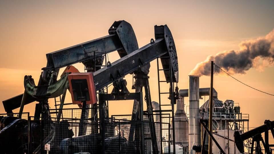 أسعار النفط تستقر في ظل مخاوف من تدهور الاقتصاد العالمي