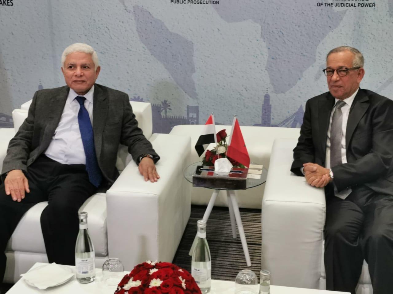 الرئيس الأول لمحكمة النقض يتباحث مع رئيس مجلس القضاء الأعلى بمصر