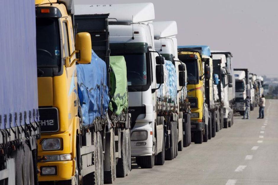 مهنيو قطاع النقل الطرقي للبضائع يقررون إلغاء إضراب الاثنين والثلاثاء