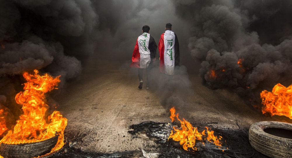 الجيش العراقي يتعهد بحماية المتظاهرين