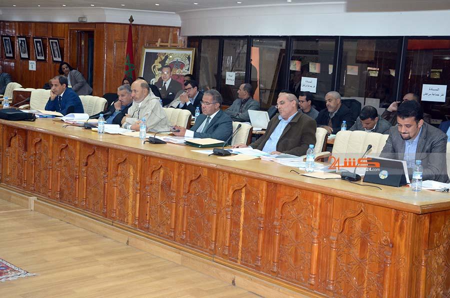 مستشاران يطعنان في شرعية المجلس الاداري لـلمدينة الحمراء