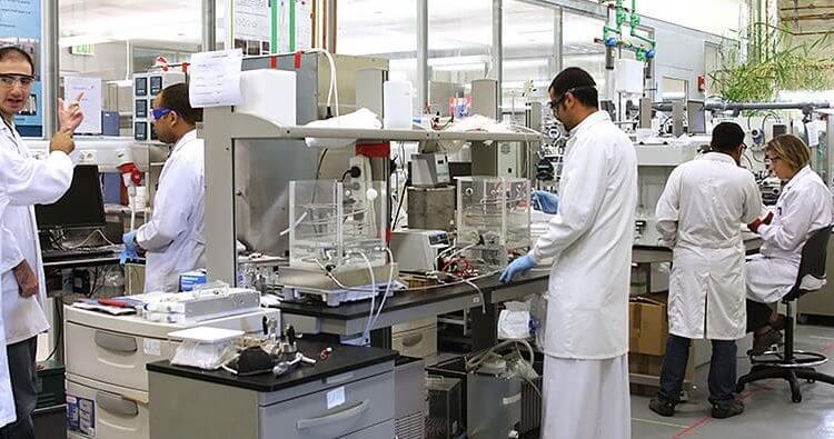المجلس الاقتصادي يوصي بزيادة الإنفاق على البحث العلمي في أفق 2030