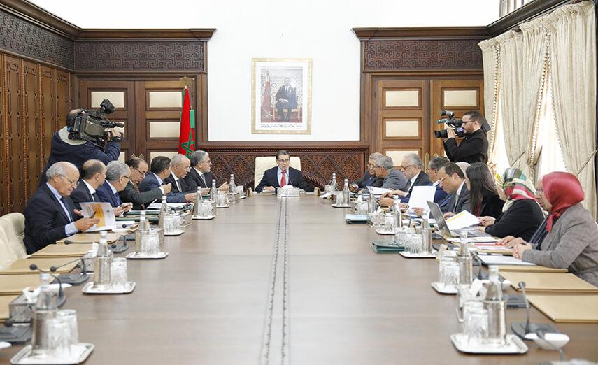 مجلس الحكومة يصادق على مراسيم تهمّ مدونة الشغل