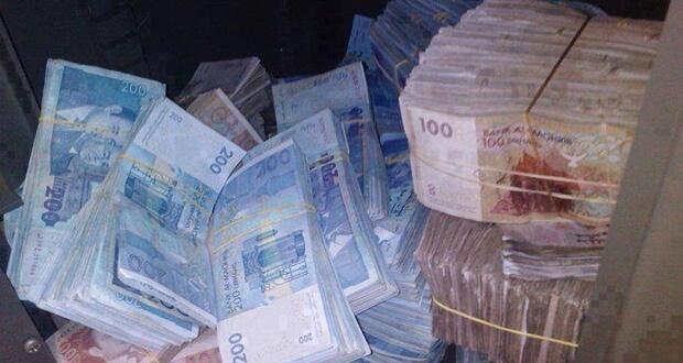 تقديم دليل لمكافحة تبييض الأموال وتمويل الإرهاب بالرباط