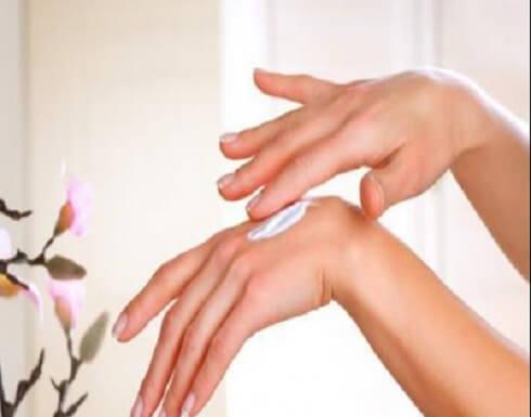 تمرين سهل جداً للحصول على أصابع يدين أنثوية رشيقة