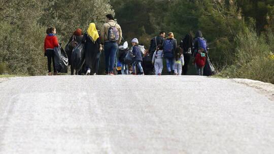 أنقرة تؤكد عودة أكثر من 369 ألف سوري من تركيا إلى وطنهم