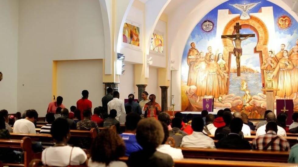 المسيحيون المغاربة يعودون إلى الساحة ويطالبون الدولة بإحصاء علني