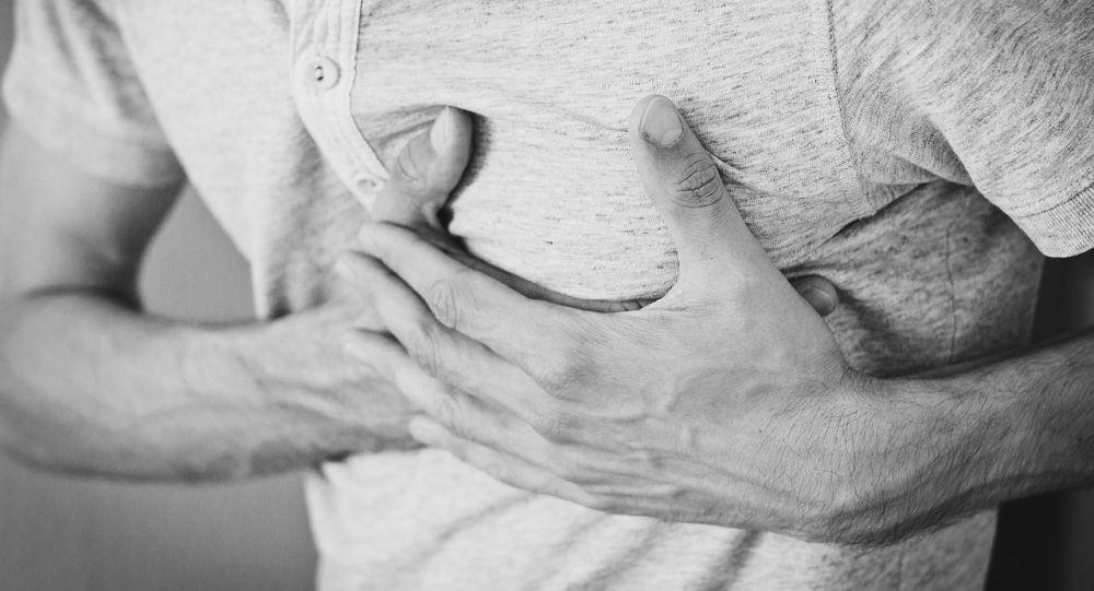 طبيب يوضح أسباب زيادة الإصابة بجلطات القلب في الشتاء