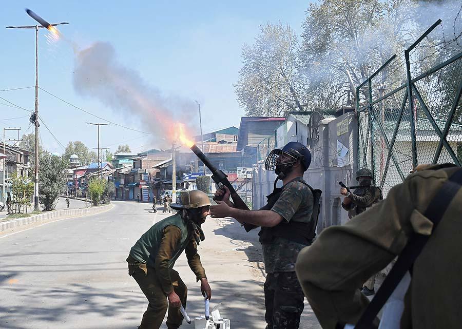 مواجهة بين الشرطة الهندية ومحتجين بسبب قانون الجنسية