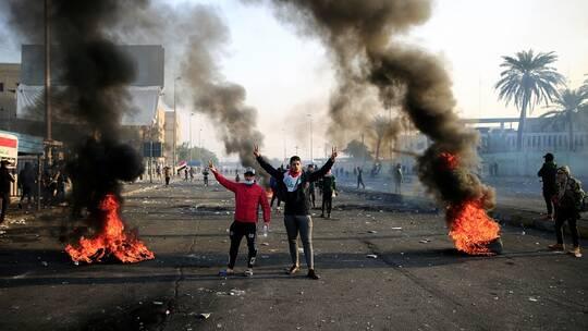 مقتل أربعة محتجين وشرطيين في احتجاجات ضد الحكومة بالعراق