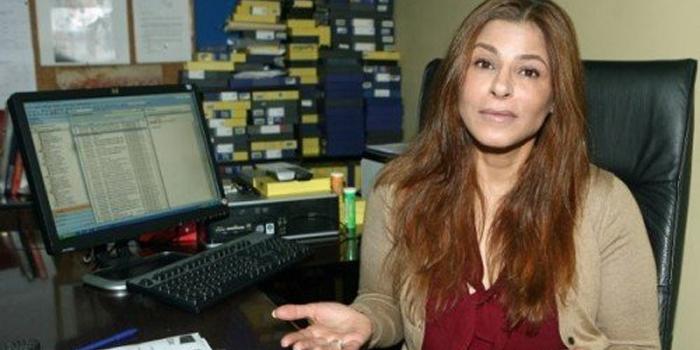 سميرة سيطايل تغادر دوزيم بسبب الازمة