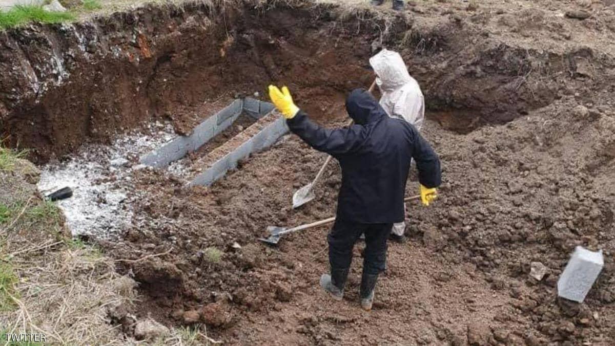 إيران..أحداث عنف ومقابر جماعية..  كورونا يشعل الأوضاع