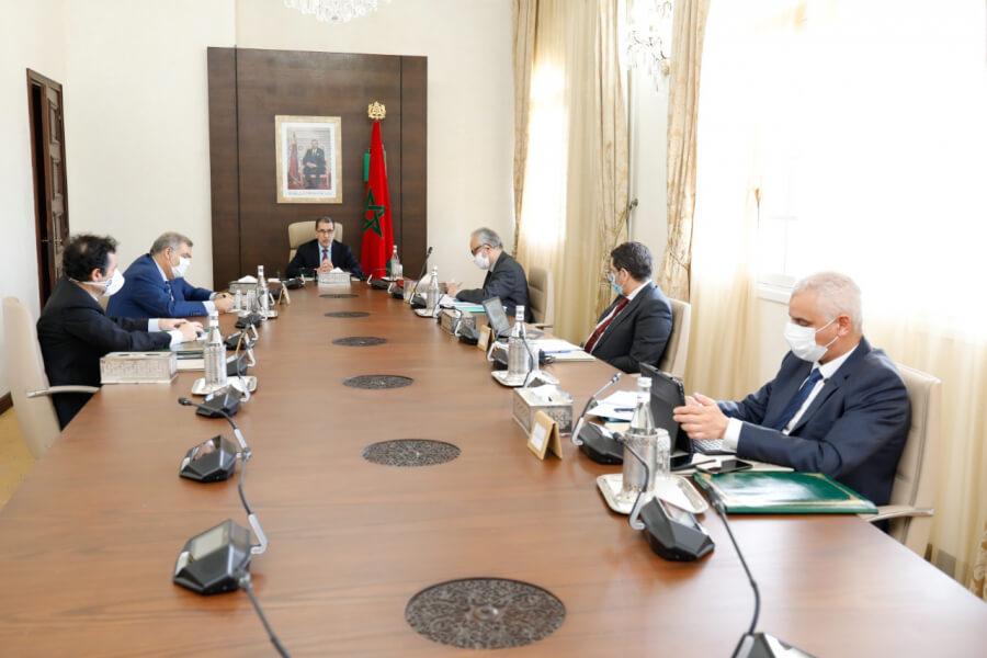 إخضاع وزراء الحكومة  للتحاليل المخبرية قبل لقاء الملك