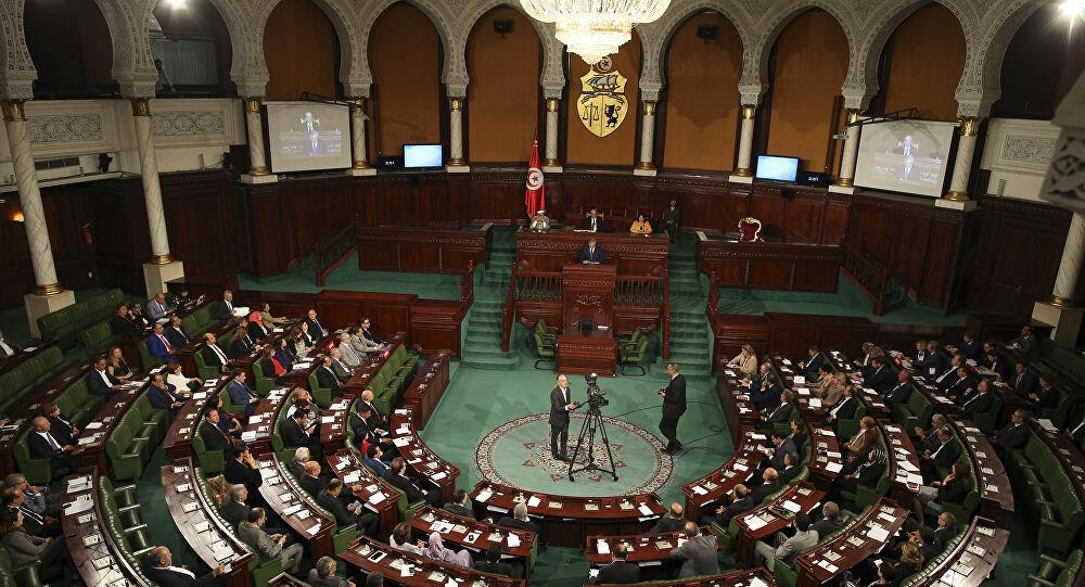 بيان من البرلمان التونسي بشأن أنباء الصراع بين الرئيس والغنوشي