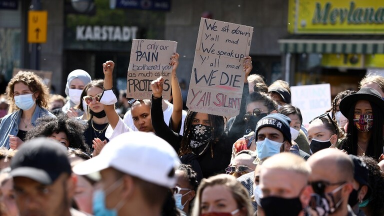 الاحتجاجات على مقتل جورج فلويد تمتد لخارج الولايات المتحدة
