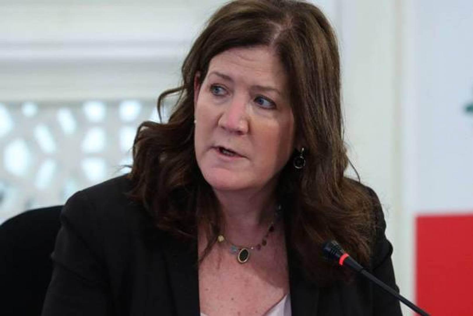 حكم قضائي يمنع السفيرة الأمريكية ببيروت من الإدلاء بتصريحات للصحافة