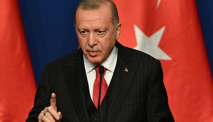 أردوغان يدعو إلى مقاطعة البضائع الفرنسية