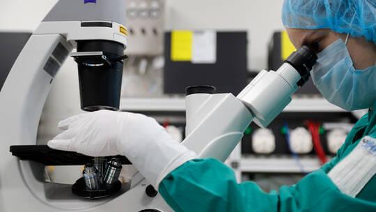 مسؤولة بمنظمة الصحة العالمية تنفي إصابة الفيروس التاجي بالوهن