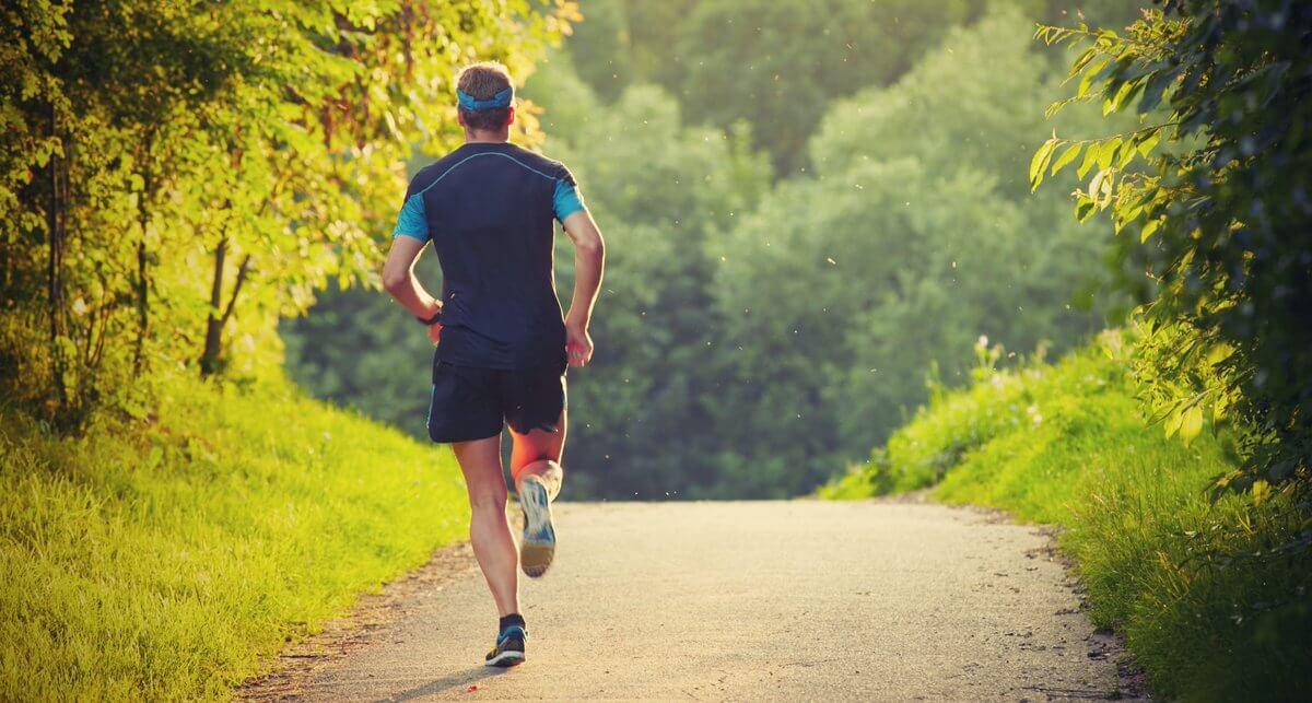 ماذا يحدث للجسم عند ممارسة الجري يوميا؟