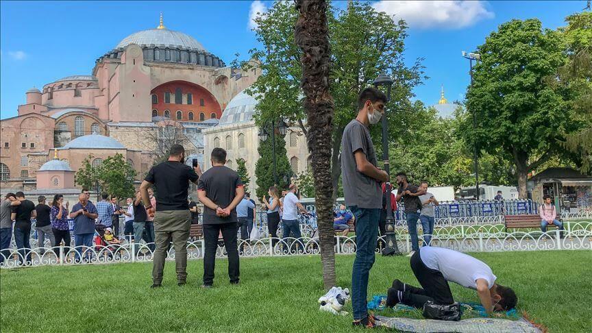 """""""علماء المغرب العربي"""" يصفون افتتاح """"آيا صوفيا"""" للصلاة بالحدث التاريخي"""