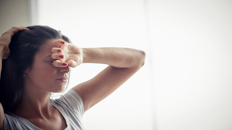 الإصابة بالدوار عند الوقوف تزيد من خطر مرض لا دواء له