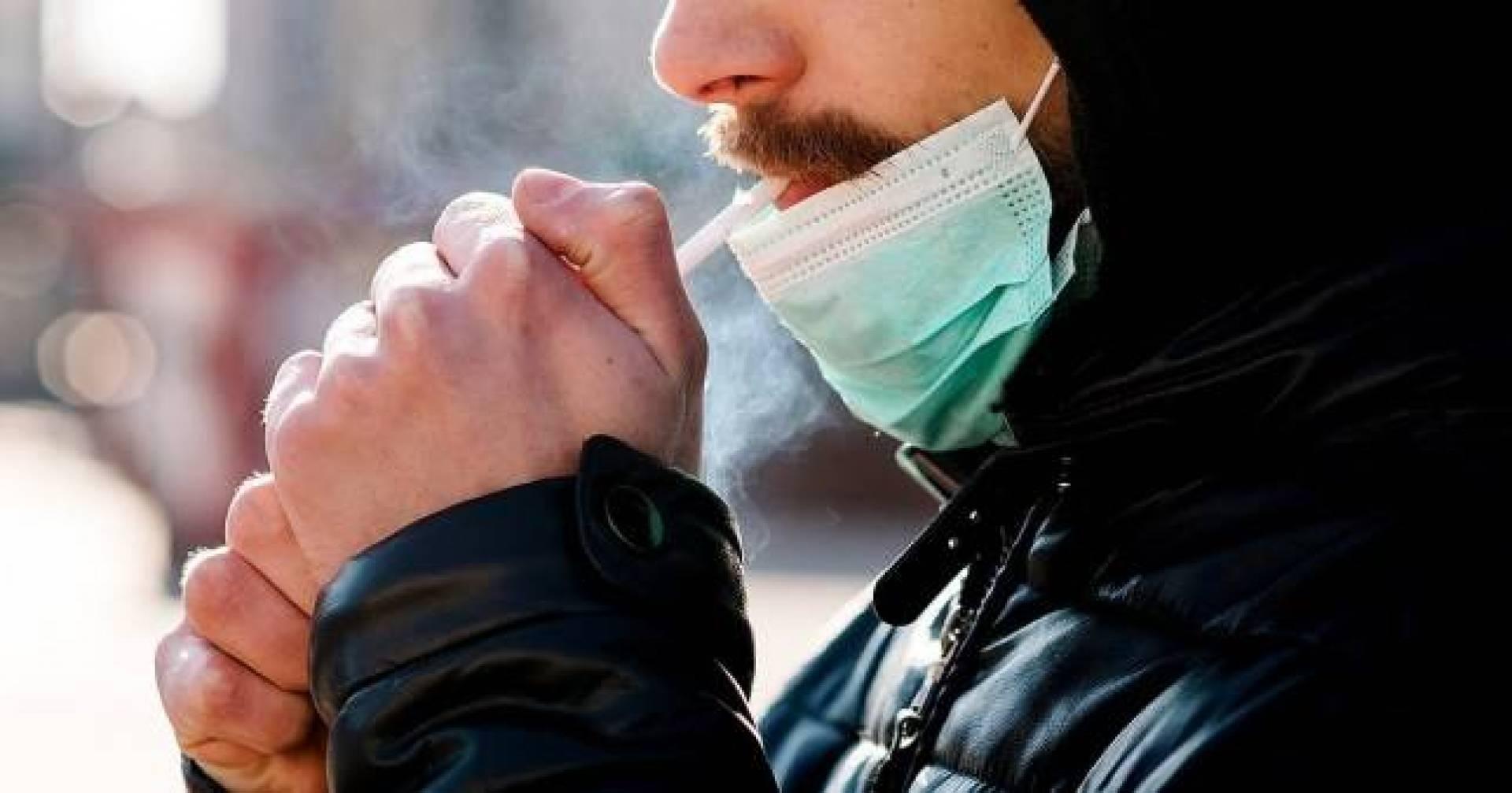 اسبانيا.. منع التدخين في الشارع العام لمنع تفشي فيروس كورونا