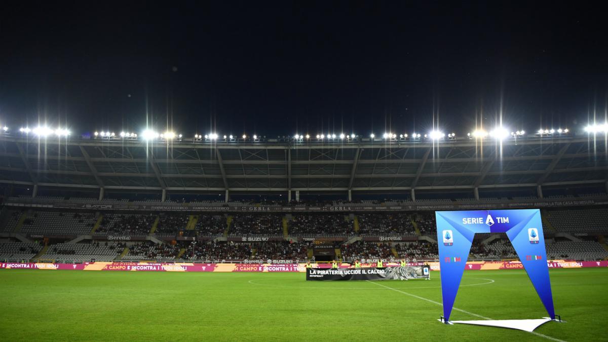إيطاليا تعطي الضوء الاخضر لحضور ألف متفرج في الملاعب