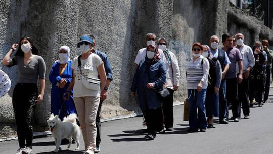 تركيا تشدد الإجراءات الوقائية مع ارتفاع معدلات الإصابة بفيروس كورونا