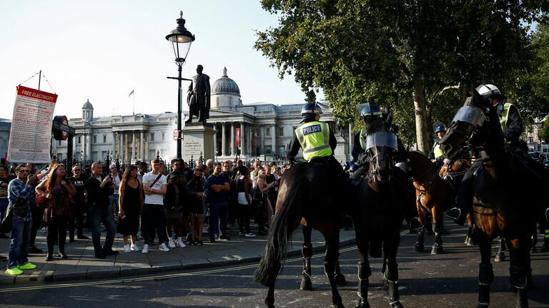 اعتقال 32 مشاركا في مظاهرة ضد إجراءات مكافحة كورونا بلندن