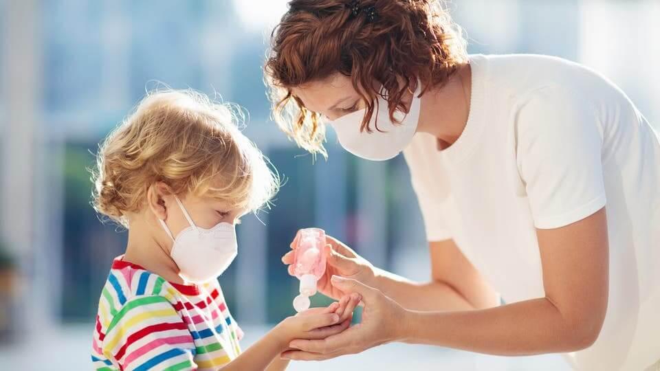 فيروس كورونا والأطفال:  أهم وآخر المعطيات العلميّة والطبيّة والوبائية