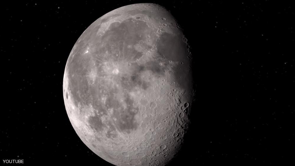ماء على سطح القمر.. ناسا تفاجئ الجميع